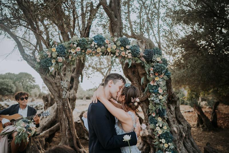 Tu-Nguyen-Destination-Wedding-Photographer-Naxos-Videographer-Claire-Nick-219.jpg