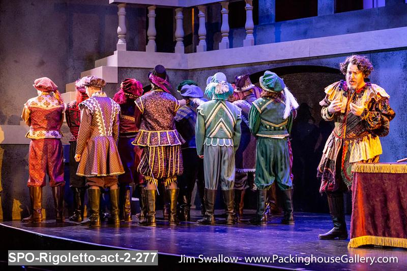 SPO-Rigoletto-act-2-277.jpg