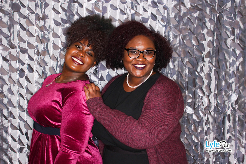 red-hawk-2017-holiday-party-beltsville-maryland-sheraton-photo-booth-0198.jpg