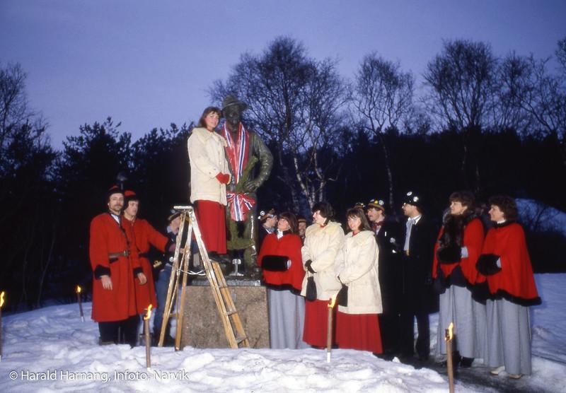 Vinterfestuka, bekransning av Rallaren.