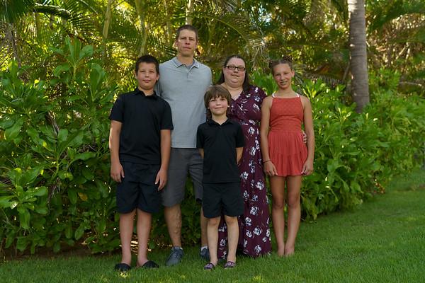 Family Casa Tau