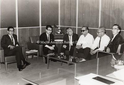 1966 - LAWATAN ORANG JEPUN KE PEJABAT PENGERUSI