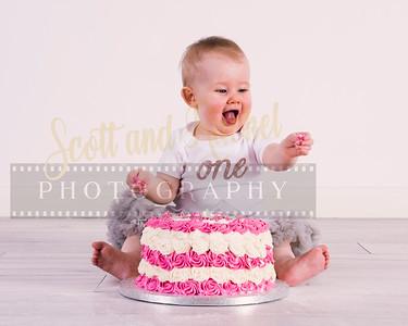 Amalie Cake Smash