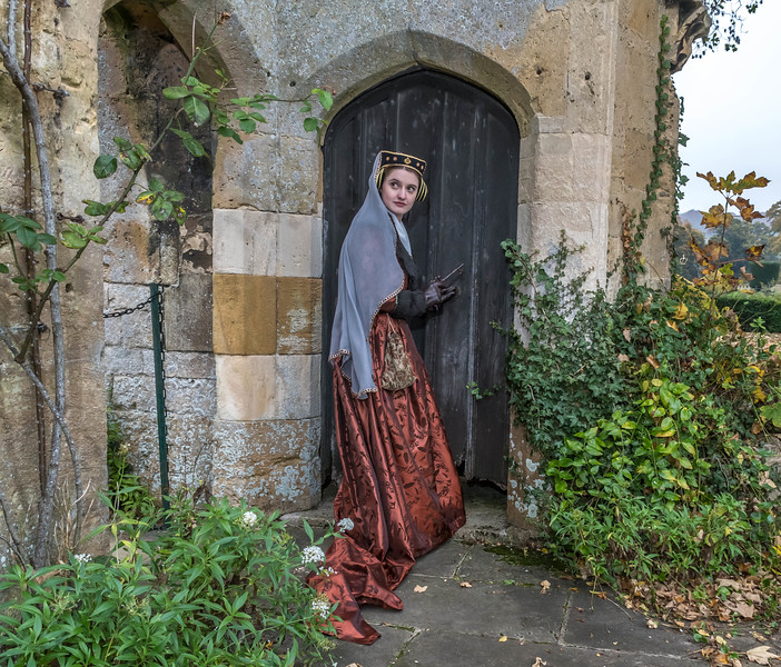 2016-11-01 Sudeley Castle Photo Shoot Angela and Kate Rendell-2-268.jpg