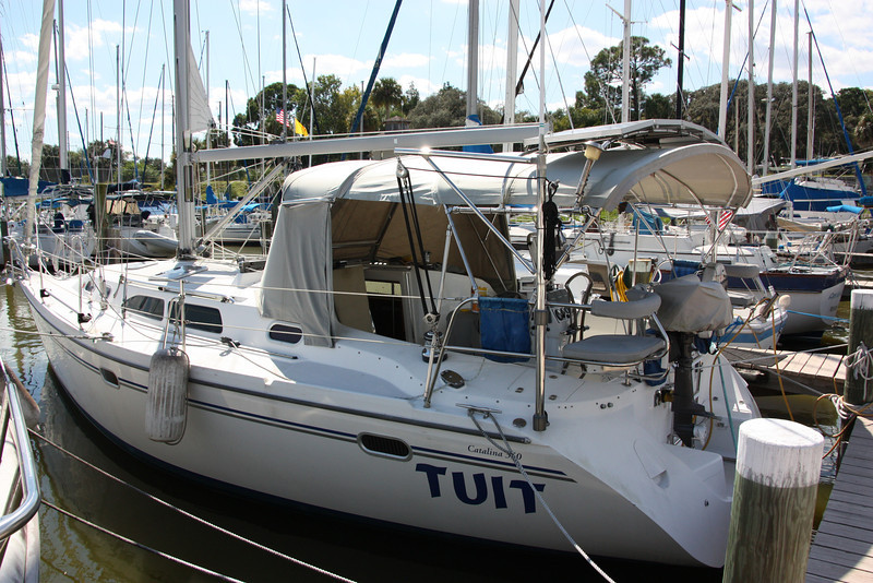 TUIT stern port angle with outboard motor and motor lift.JPG