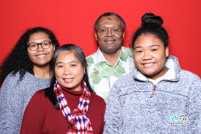 eastern-2018-holiday-party-sterling-virginia-photo-booth-0018.jpg