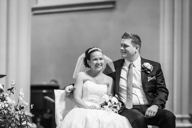 Jennie & EJ Wedding_00245-BW.jpg