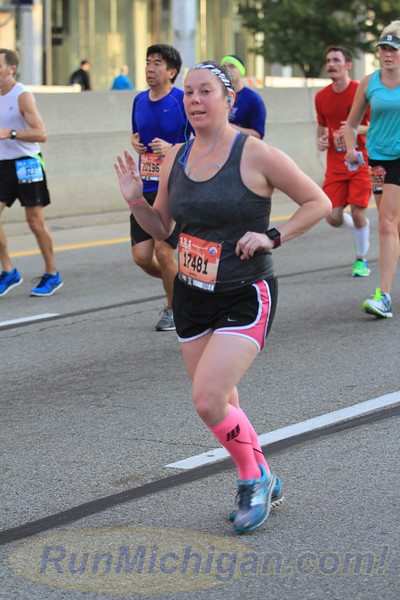 8.5 Mile Mark, Gallery 4 - 2016 Detroit Marathon
