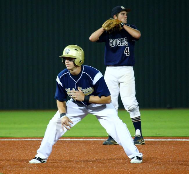 \\hcadmin\d$\Faculty\Home\slyons\HC Photo Folders\HC Baseball_State Playoffs_2012\20120513_148.JPG