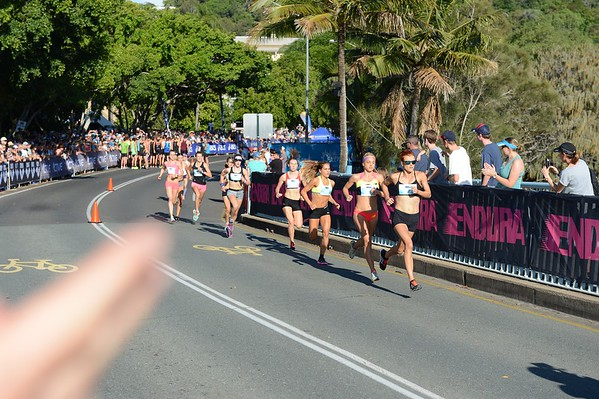 "ASICS Noosa Bolt (Noosa 5k Bolt) - 2015 Super Saturday at the Noosa Triathlon Multi Sport Festival, Noosa Heads, Sunshine Coast, Queensland, Australia. Camera 1. Photos by Des Thureson - <a href=""http://disci.smugmug.com"">http://disci.smugmug.com</a>"