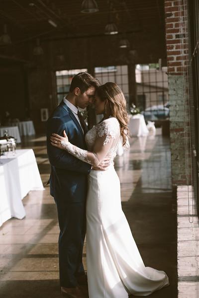 Kate&Josh_ZACH.WATHEN.PHOTOGRAPHER-691.jpg