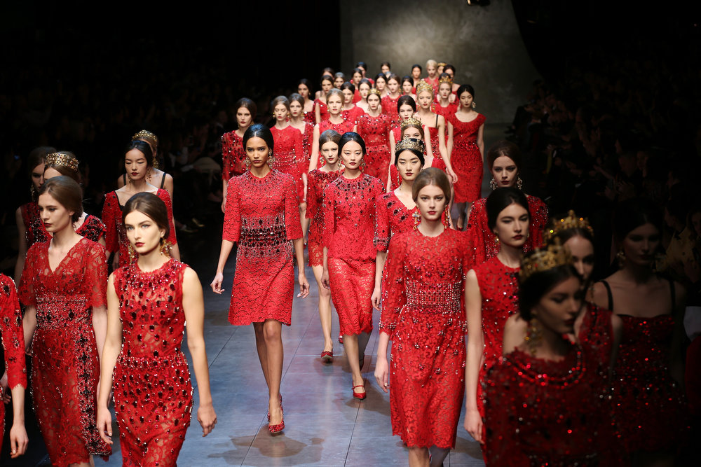 Description of . Models walk the runway at the Dolce & Gabbana fashion show as part of Milan Fashion Week Womenswear Fall/Winter 2013/14 on February 24, 2014 in Milan, Italy.  (Photo by Vittorio Zunino Celotto/Getty Images)