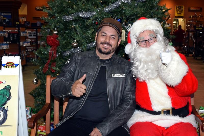 2016 Santa Visits J&P Cycles (85).JPG