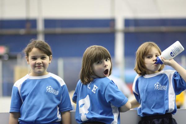 09-03-16 Persie Soccer