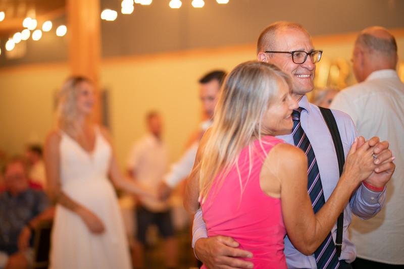 salmon-arm-wedding-photographer-4542.jpg