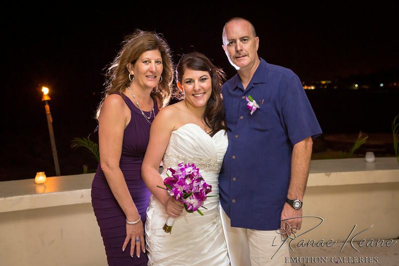 274__Hawaii_Destination_Wedding_Photographer_Ranae_Keane_www.EmotionGalleries.com__140705.jpg