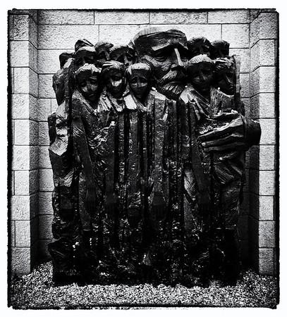 War & Holocaust Remembered