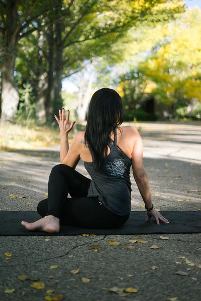 Toni Kuhn Yoga Photography Pine Mountain Club-69.jpg