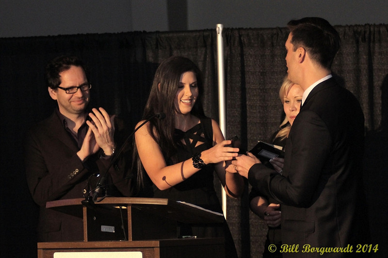Alee receives Female Artist of the Year Award from Hey Romeo presenters - 2014 ACMAs