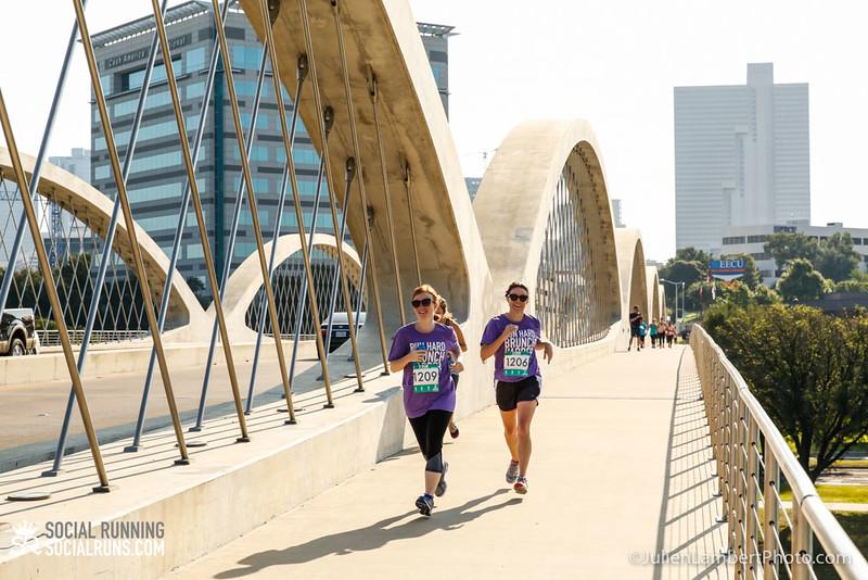Fort Worth-Social Running_917-0600.jpg