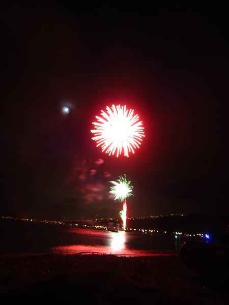 Hawaii - July 4th Fireworks-16.JPG