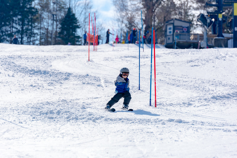 Standard-Race_2-3-18_Snow-Trails-73418.jpg