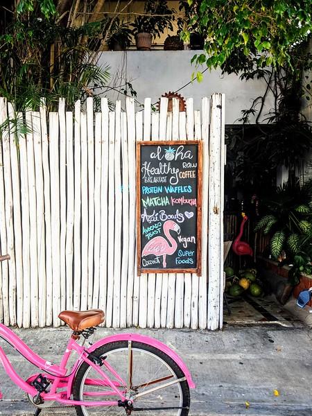 Aloha Cafe Playa del Carmen.jpg