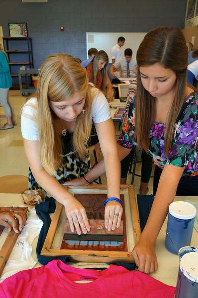 Lutheran-West-Art-Class-Silk-Screen-T-Shirts--September-2012--96.JPG
