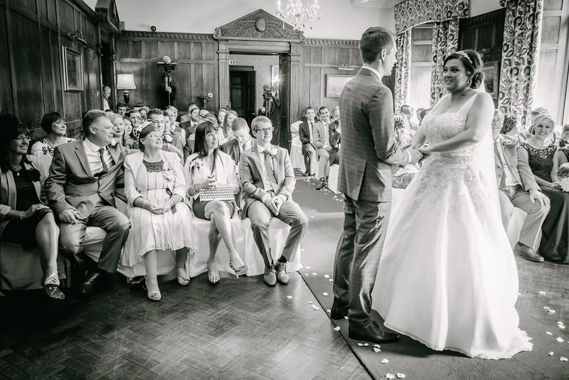 Cross Wedding-174.jpg