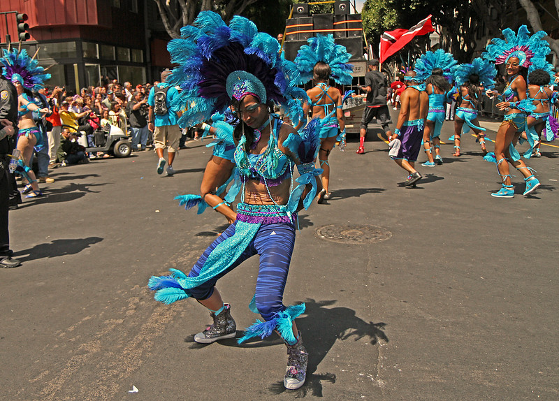 royalbluedancerparade1600.jpg