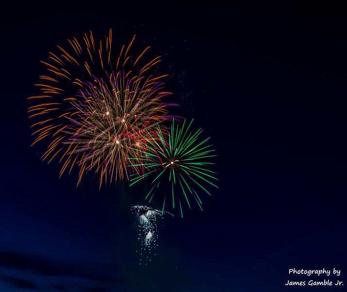 Fourth-of-July-Fireworks-2016-0292.jpg