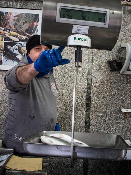 savelletri fishmonger 2.jpg