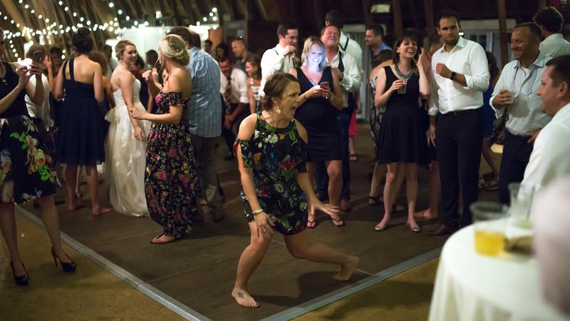 Garrett & Lisa Wedding (921).jpg