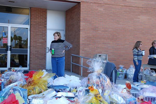 2008 Thanksgiving Basket Brigade