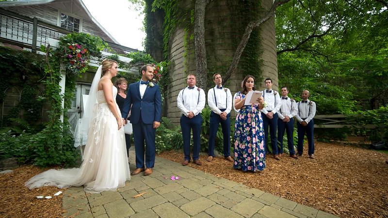 Garrett & Lisa Wedding (320).jpg
