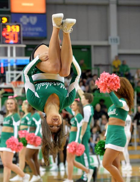 cheerleaders3163.jpg