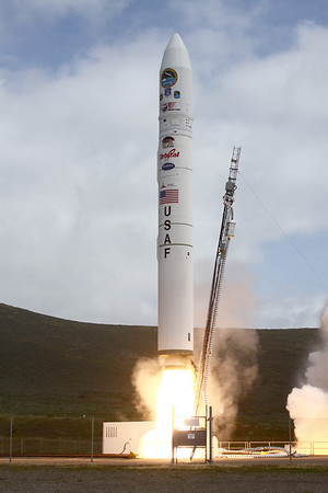 Minotaur 4 launches HTV-2A from Vandenberg AFB. 04-22-2010