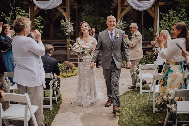 2018-05-12_ROEDER_JulieSeth_Wedding_ROEDER1_0144.jpg