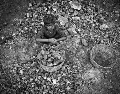 CHILD LABOR / 184 Photos