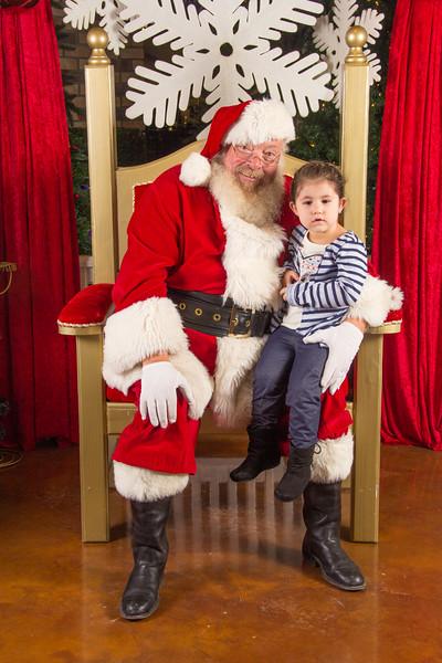 Santa 12-16-17-243.jpg