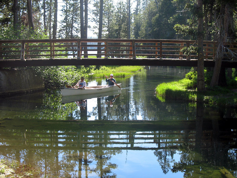 Canoeists at Wrights Lake