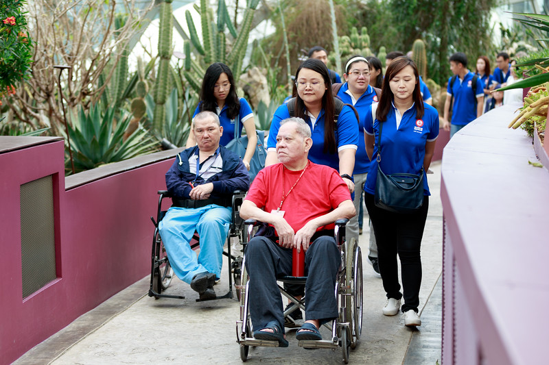 VividSnaps-Extra-Space-Volunteer-Session-with-the-Elderly-009.jpg