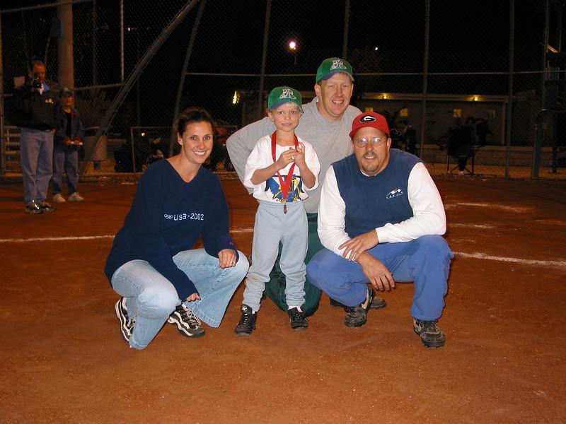 t-ball 2003-13.JPG