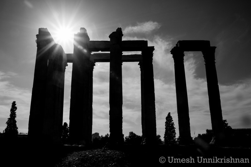 Athens - Temple of Zeus.jpg