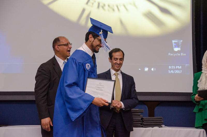 GraduationPhotos_Etnier-33.jpg