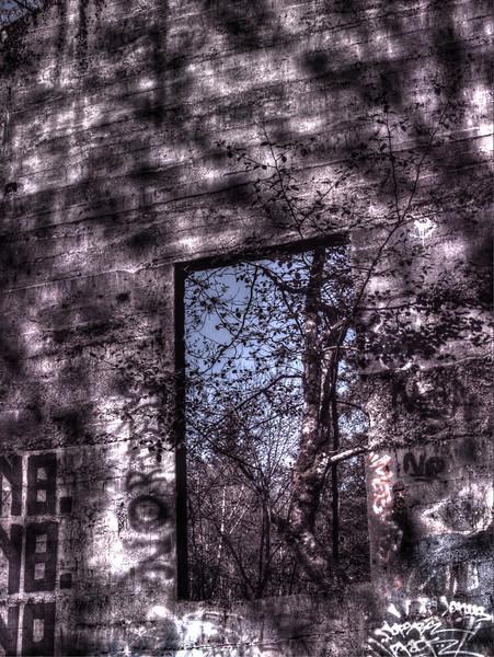 durks castle window1.jpg