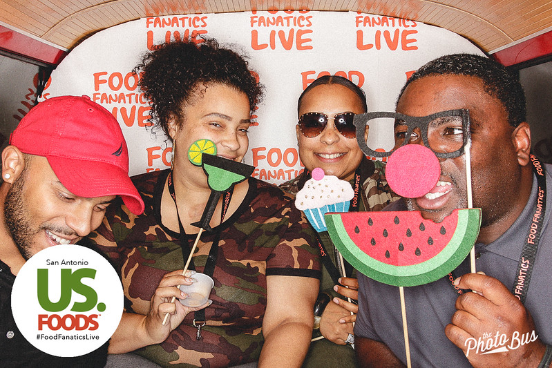 us-foods-photo-booth-308.jpg