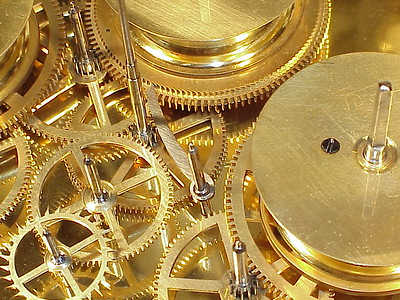 An introduction to Antique Clock Mechanisms