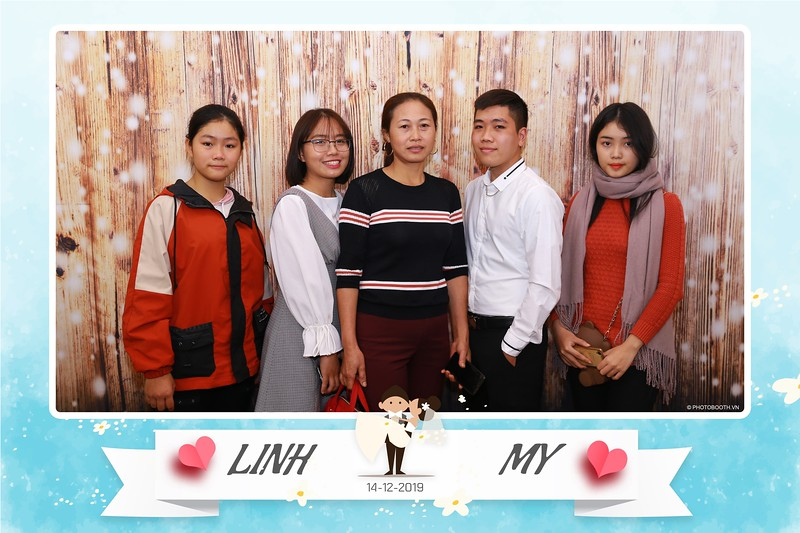 Linh-My-wedding-instant-print-photo-booth-in-Ha-Noi-Chup-anh-in-hnh-lay-ngay-Tiec-cuoi-tai-Ha-noi-WefieBox-photobooth-hanoi-13.jpg