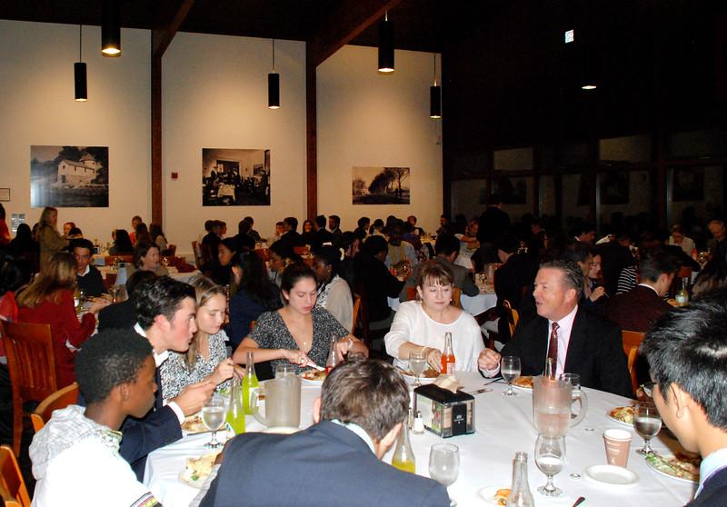 Intl Student Dinner 19-10-09 06.39.34.jpg